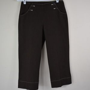 New Directions Size 4 Brown Shorts/Capris